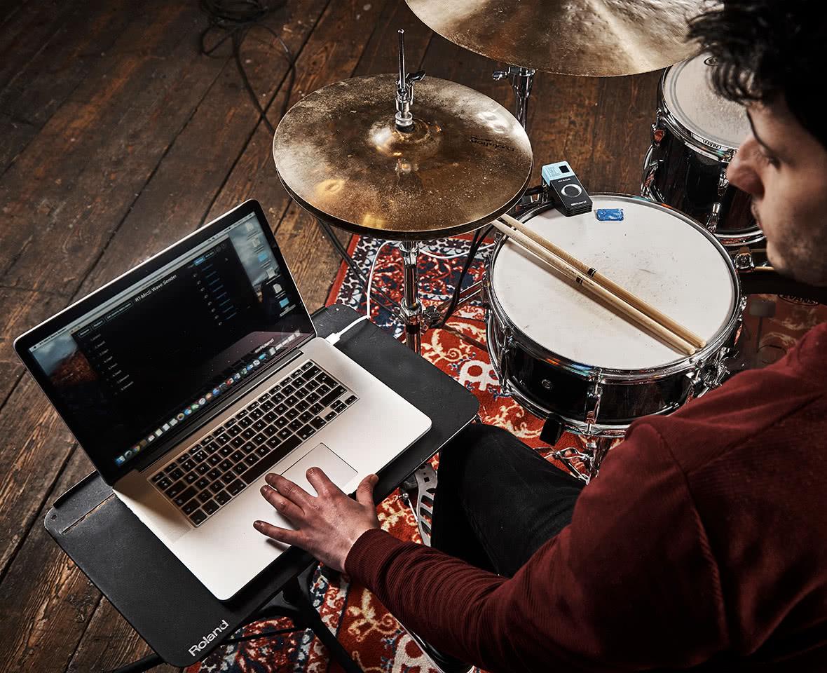 podłączyć elektroniczne bębny do zespołu rockowego darmowy serwis randkowy montreal